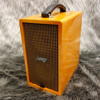 Phil Jones Bass AIRPULSE CUB Custom Trans Amber 【箱ボロ品特価】