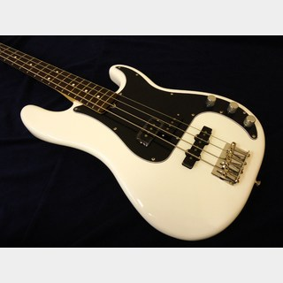 Fender American Performer Precision Bass® (Arctic White)