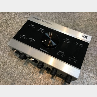 NATIVE INSTRUMENTS KOMPLETE AUDIO 6【中古品】【送料無料】