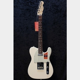 FenderAmerican Professional Telecaster Rosewood / Olympic White★平日限定セール!26日(金)まで★