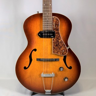 Godin5th Avenue Kingpin Cognac Burst