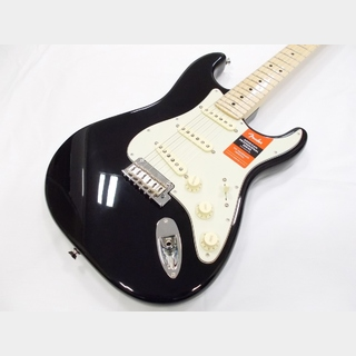 Fender American Professional Stratocaster Maple Fingerboard  Black