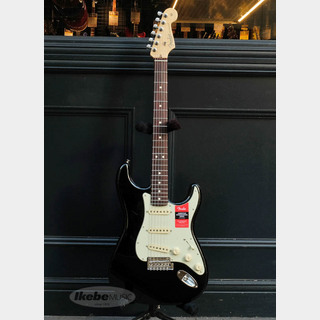 Fender American Professional Stratocaster (Black/Rosewood) [Made In USA]