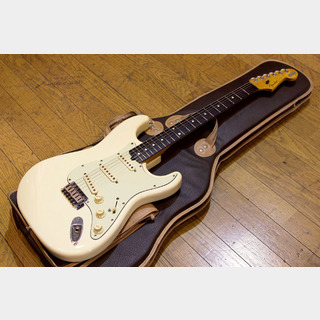 "Fender Japan 62 Stratocaster Sadowsky Mod. ""Olympic White"""