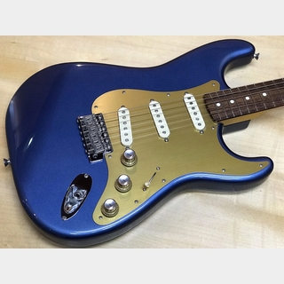 Fender Classic '60s Stratcaster w/Made in Japan Classic '60s Strat 11-Hole 1-ply Pickguard Anodized Gold