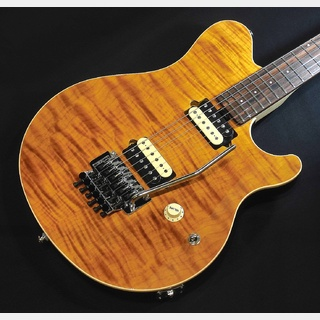 MUSIC MAN AXIS / Trans Gold Quilt 【ローズ指板】