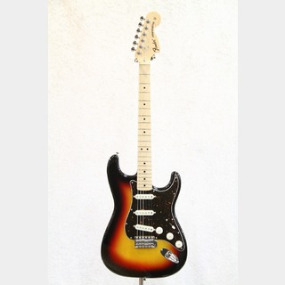 Fender Made In Japan Traditional 70s Stratocaster Maple Fingerboard / 3-Color Sunburst
