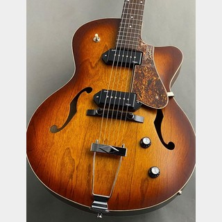 Godin 5th Avenue CW KingpinⅡ (#032327004548) Cognac Burst