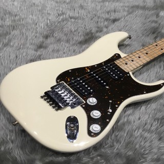 Fender Japan (フェンダージャパン)中古 Stratcaster HSH メイプル指板 ロック式 USED