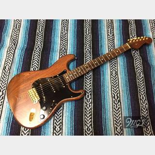 Fender Japan ST62-115 Walnut