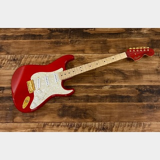 FenderMAMI STRATOCASTER / Custom Red