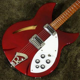 Rickenbacker Model 330 Burgundyglo'2002