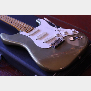 Fender Japan ST57-77LS PTR: Pewter
