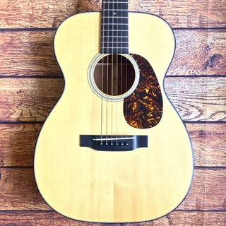 Martin Custom Shop 00-18V Adirondack Top
