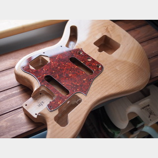 MJT Jaguar Body - Premium 1-Piece Alder - Natural - Closet Condition