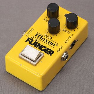 Maxon FL-301 Flanger Narrow Case【18VDC仕様】【御茶ノ水本店】
