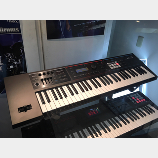 Roland JUNO-DS61【最終値下げ】【1台限定イベント使用中古品入荷!!送料無料!!】