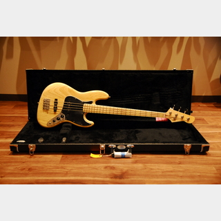 LSL INSTRUMENTS Valencia 70's Jazz Bass Natural