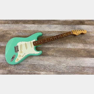 FenderMade In Japan Hybrid 60s Stratocaster / Surf Green
