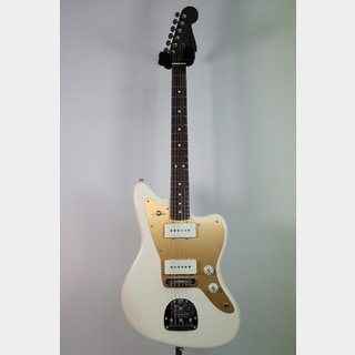 Fender Limited Edition American Professional Jazzmaster with Solid Rosewood Neck / Olympic White