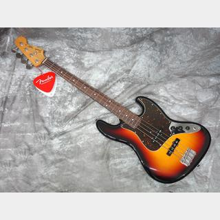 Fender Made in Japan Traditional 60s Jazz Bass 3-Color Sunburst 【浜松店】