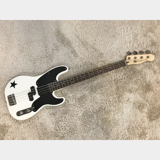 Squier by Fender Mike Dirnt Precision Bass Arctic White 【中古品】【美品】