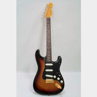 Fender Made In Japan Traditional 60s Stratocaster with Gold Hardware / 3-Color Sunburst