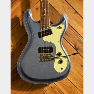 ARIA VCM Junior The Ventures Model