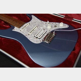 IbanezPrestige AZ2204 ICM Ice Blue Metallic