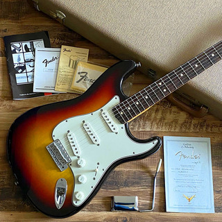 Fender Custom Shop Master Grade 1963 Stratocaster 3-Color Sunburst 1997