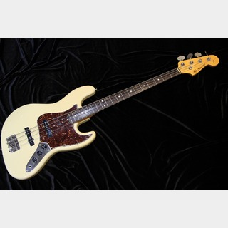 Tokai Custom Edition Jazz Bass White 【Plek調整済み】
