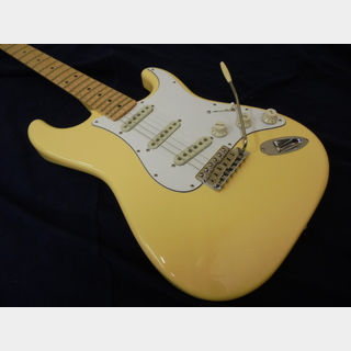 Fender Japan Exclusive Yngwie Malmsteen Signature Stratocaster Yellow White Mod