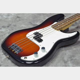 Fender Player Series Precision Bass 3-Color Sunburst / Pau Ferro Fingerboard 【福岡パルコ店】