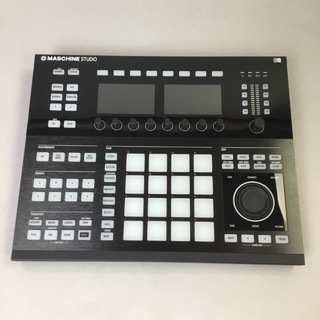 NATIVE INSTRUMENTSMASCHINE Studio