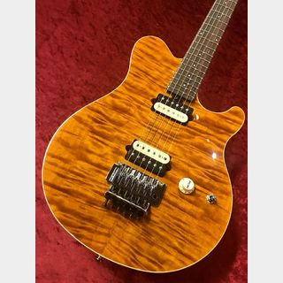 MUSIC MAN Axis Quilt Maple Top -Trans Gold- 【ローン48回無金利】