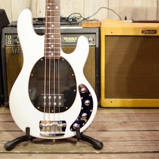 Sterling by MUSIC MAN RAY34 White