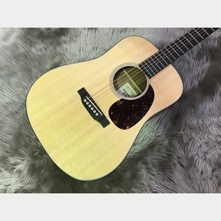 Martin Dreadnought Junior E