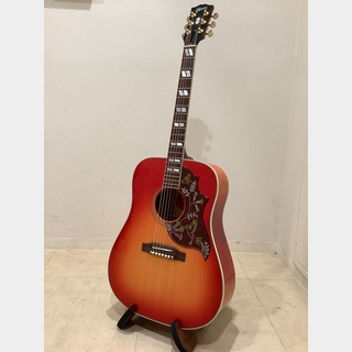 Gibson Hummingbird Quilt Maple(USED) / Cherry Sunburst