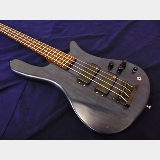 Warwick Streamer STD with Bartolini XTCT Pre-amp
