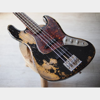 "MJT + Warmoth - Custom ""Dirty Black"" Relic Jazz Bass"