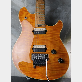 PEAVEY USA  EVH Wolfgang Standard Fine Flame Maple / Trans Amber
