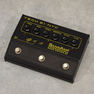 Tech 21 SANS AMP PROGRAMMABLE BASS DRIVER DI