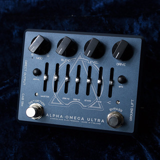 Darkglass Electronics ALPHA · OMEGA ULTRA