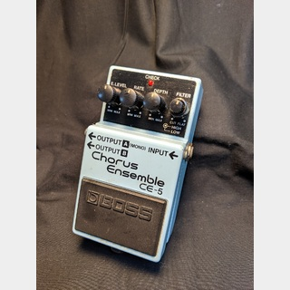 "BOSS CE-5 Chorus Ensemble ""MADE IN TAIWAN"""