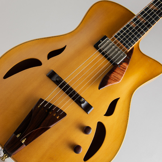 "Yamaoka Archtop Guitars ""Strings Art"" JG-1 Natural"