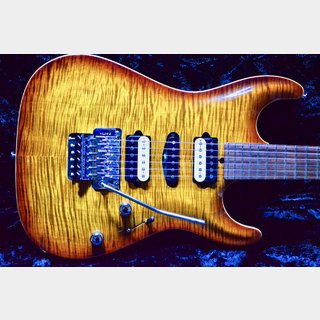 Suhr Carve Top Standard H-S-H / Light Bengal Burst