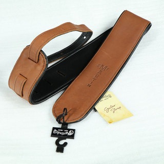 Martin18A0028 Premium Rolled Leather Guitar Strap Brown ストラップ 【WEBSHOP】