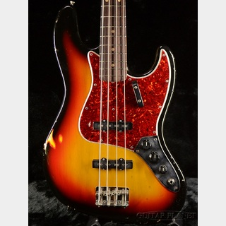 Riggio Custom Guitars 【本決算MEGASALE!! 2/29迄!】Juliet Bass -3Tone Sunburst- 【全国送料無料!】